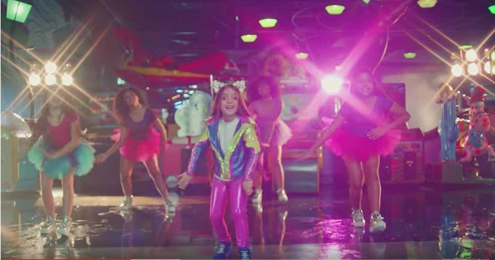 noticialdia.com Anabella Queen estrena su nuevo clip Bailando a lo Loco (+Video)